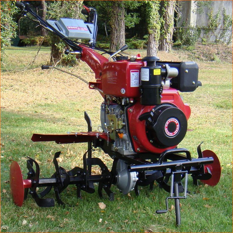 Order a The beast of the jungle and the BIGGEST machine in our range of professional Garden Tillers/Rotavators. 